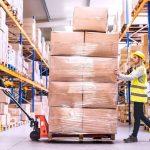Van palletwagens tot rolcontainers: vervoer efficiënt alles in je magazijn