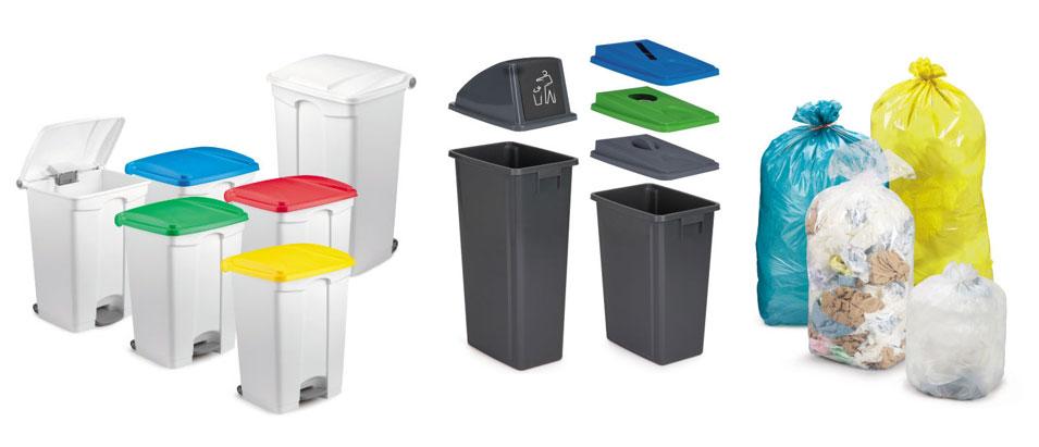 Gekleurde vuilniszakken en afvalbakken