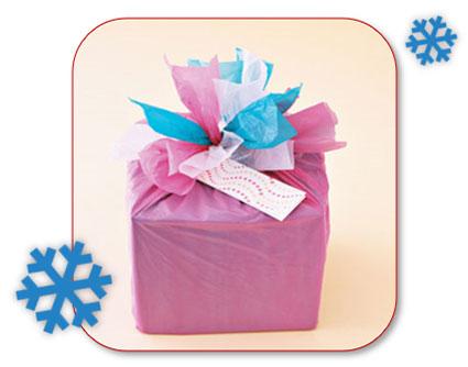 Sacs plastique comme décoration de cadeaux de Noël